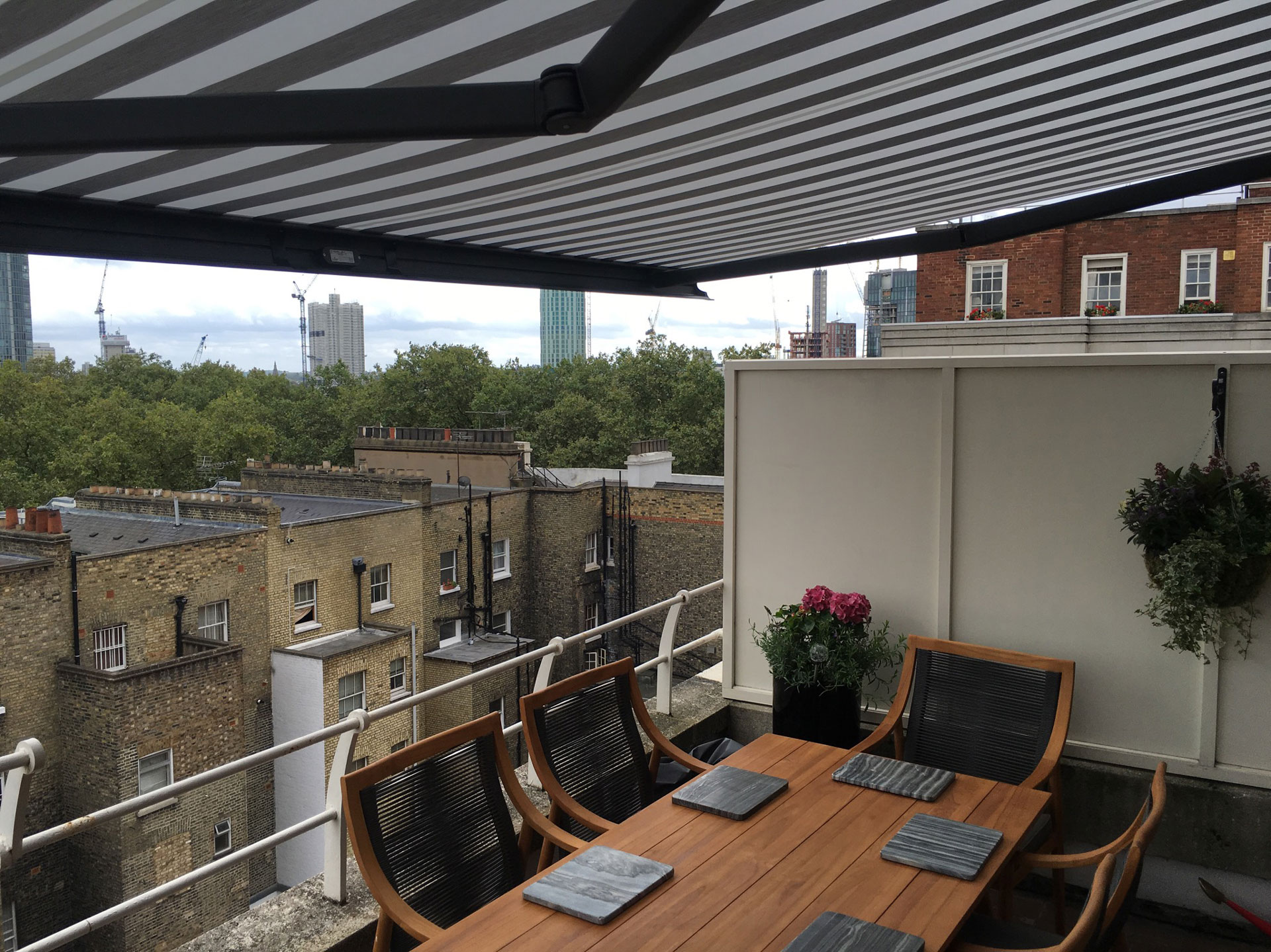 Striped-Awning-shades-london-portfolio-5